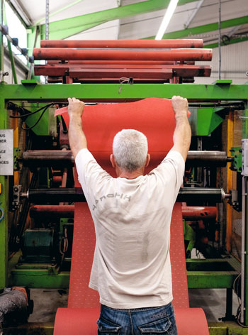machine-a-decouper-papier-montsegur.jpg